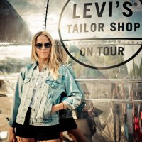LEVI'S Tailor Truck