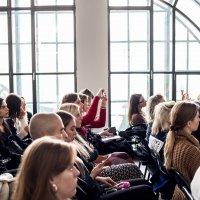 Wykład otwierający cykl spotkań o komunikacji w modzie